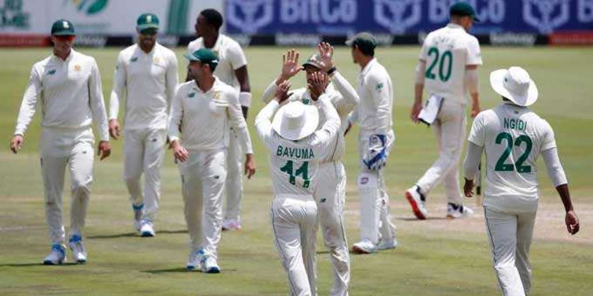 South Africa beats Sri Lanka by an inning