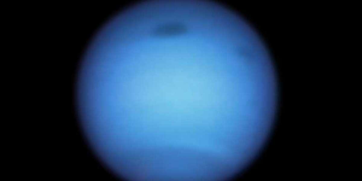 Dark storm of Neptune reverses its direction